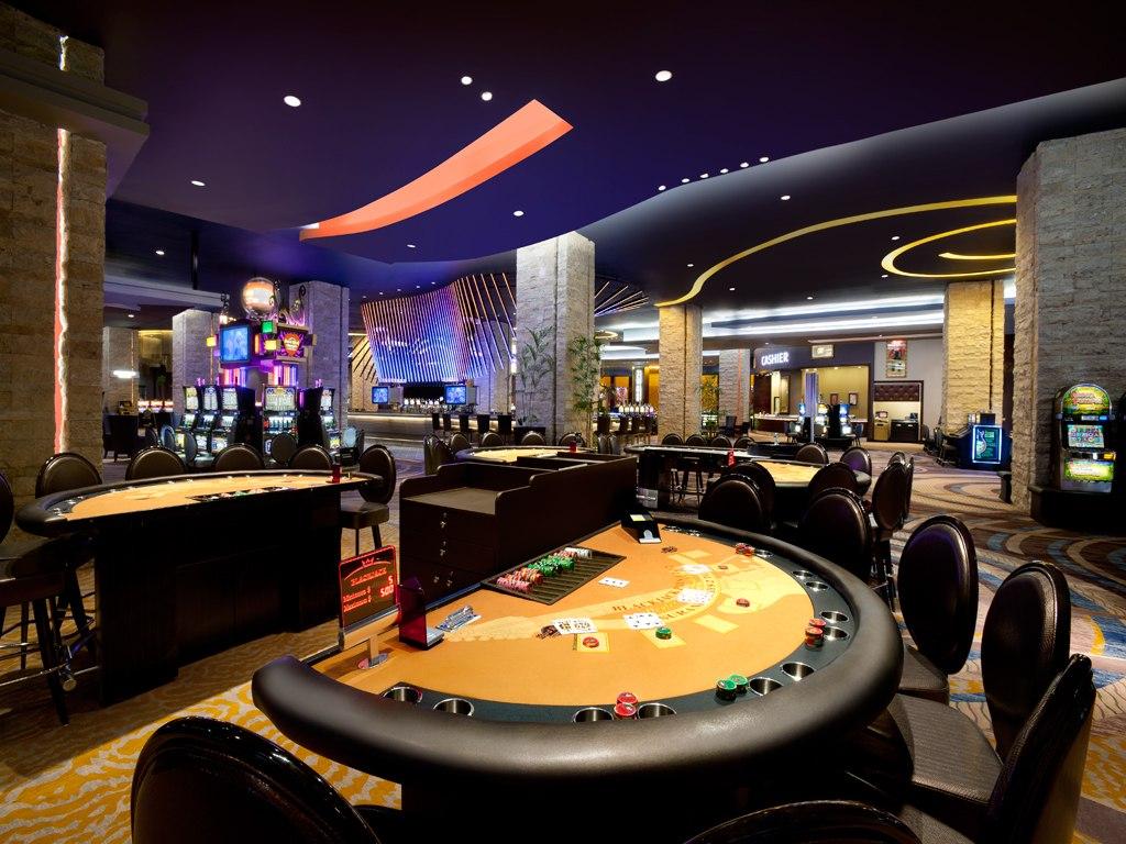 Dominicana casino casino royale limited edition